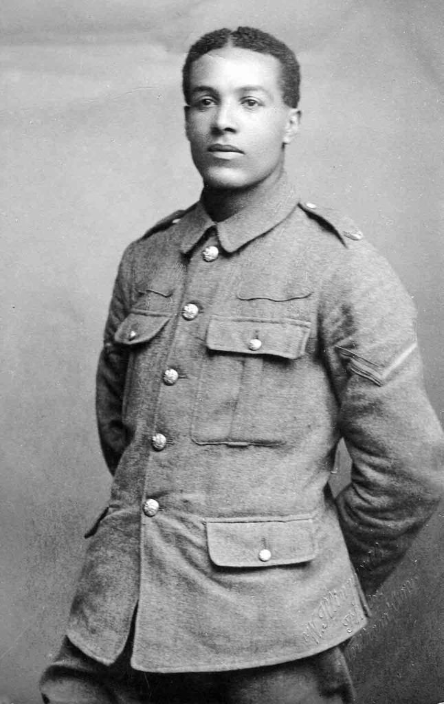 Walter-Tull---in-uniform